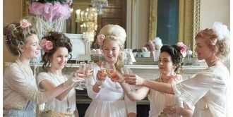 Marie Antoinette Luxury Wedding Shoot Pastel Weddings Ideas Before the Big Day Wedding Blog 015 330x166 - ФотоДевичник