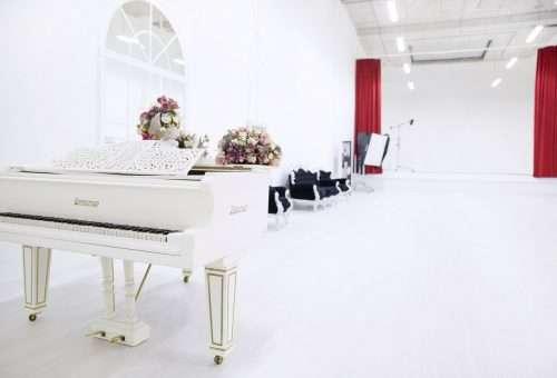 fzohyxtvqbu 500x340 - Лофты для свадьбы в Москве