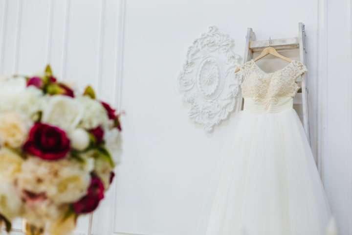 """ax4b2726 720x480 - Фотосессия в стиле """"Утро невесты"""" в студии"""