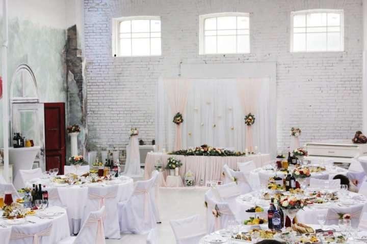img 9498 kopiya 720x480 - Лофты для свадьбы в Москве